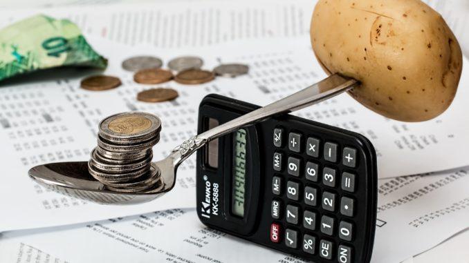 Spořit nebo investovat